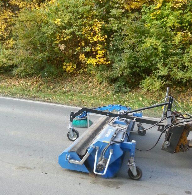 Kehrmaschine - GeService Wasserburg